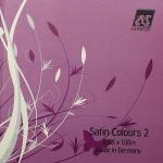 На фото Satin Colors 2