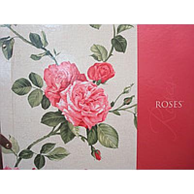 На фото Roses