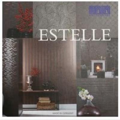 На фото Estelle