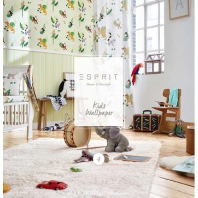 На фото Esprit Kids 4