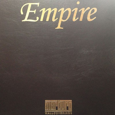 На фото Empire