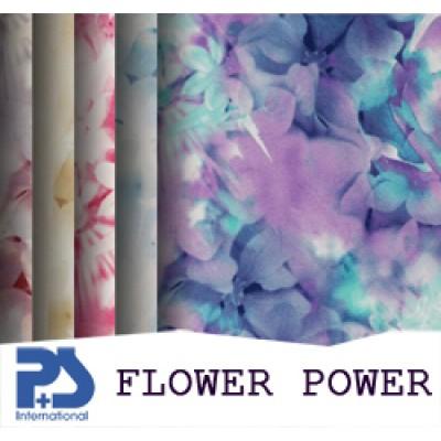 На фото Flower Power