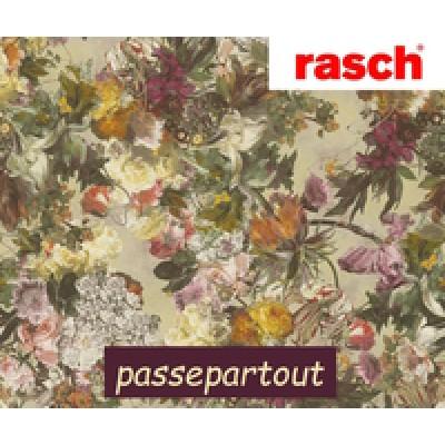 На фото Passepartout