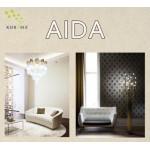 На фото Aida