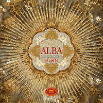 На фото Alba