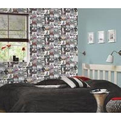 На фото Collage